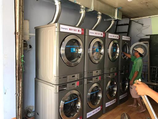 Xác định mô hình kinh doanh tiệm giặt là